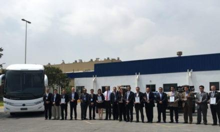 Premia Mercedes-Benz Autobuses proveedores de excelencia