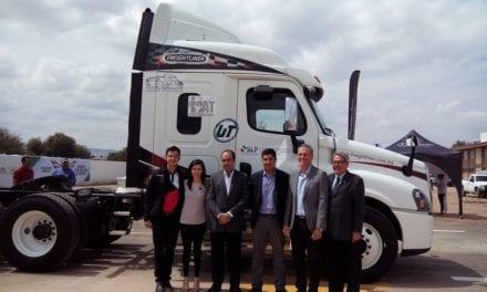 Aporta Freightliner un Cascadia a la ENA de SLP