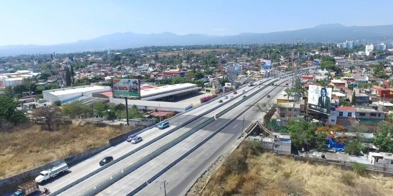 Suspenden circulación de vehículos de carga en Paso Express