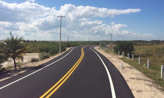 Moderniza SCT vías carreteras en Yucatán
