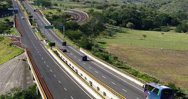 Se desarrollan 83 obras del Plan Michoacán