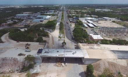 Impulsan desarrollo en Yucatán con obras carreteras