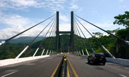 Ejercen 16,700 mdp a reconstrucción carretera de Guerrero