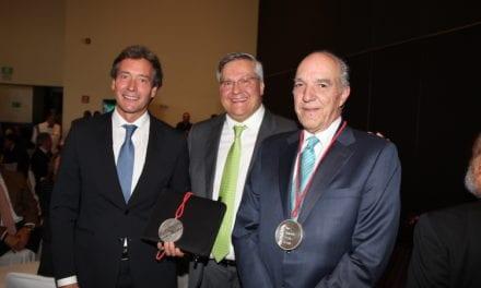 Entrega AMDA Medalla al Mérito 2018