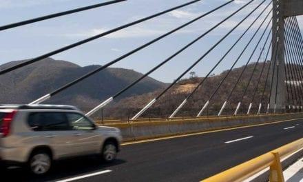 Culminarán obras en carreteras de Guerrero