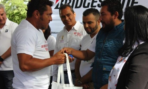 Colabora Bridgestone con Fundación Hábitat
