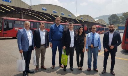 Visita técnica de expertos brasileños al sistema Metrobús