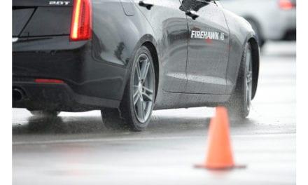 Sugiere Bridgestone supervisar llantas en época de lluvias
