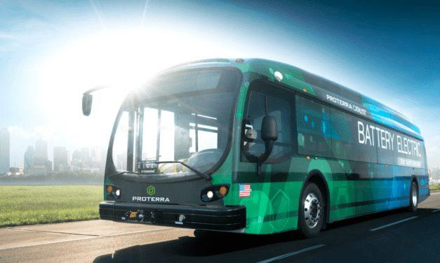 Lanzan primer programa con autobuses autónomos en EU