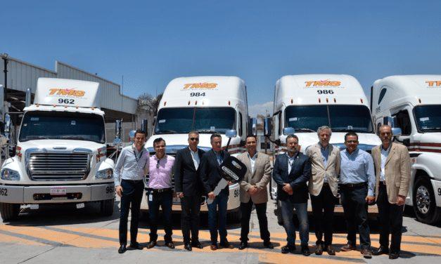 80 camiones Freightliner para TMS