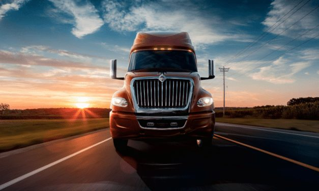 Refuerza Navistar su servicio 24/7 con el Uptime Command Center