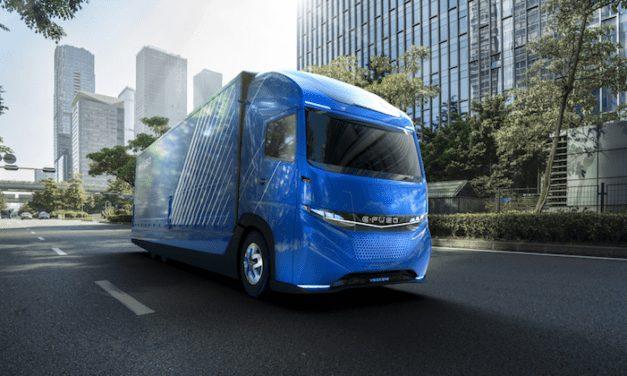 Presenta Daimler Trucks su camión concepto E-FUSO