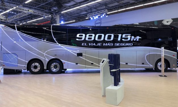 Presenta Volvo Buses el 9800 de 15 metros