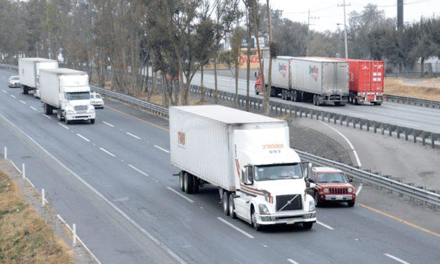 Pide Cofece modificar reglamentos de tránsito homologados