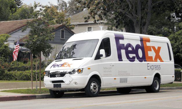 Ahora FedEx entrega paquetes los domingos