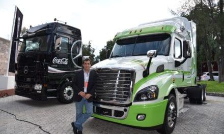 Recibe Sistema Coca-Cola a sus proveedores