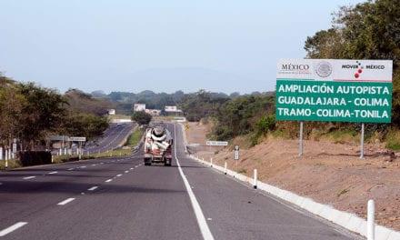 Inauguran obras en Colima