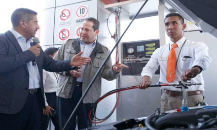 Inauguran estación de gas para autos en Edomex