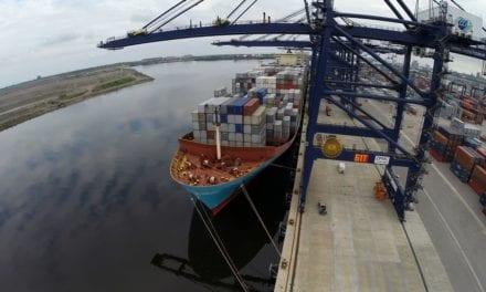 Movilizan 470 millones de toneladas de carga por vía portuaria