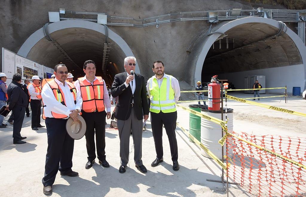 Supervisa SCT obras del Viaducto Interlomas