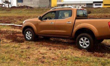Visita Nissan NP300 Frontier ciudades brasileñas