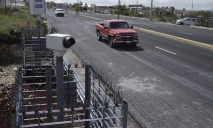 Piden que CDMX informe sobre fotomultas de vehículos foráneos