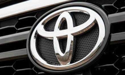 Supera Toyota su meta mensual de ventas
