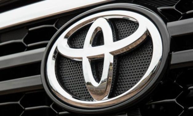 Comercializó Toyota 1,560 Hilux en septiembre