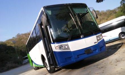Entrega DINA nuevos autobuses en Oax y NL