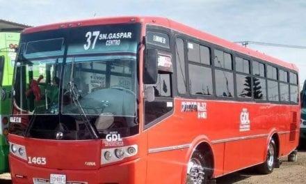 Entrega DINA 40 nuevos autobuses