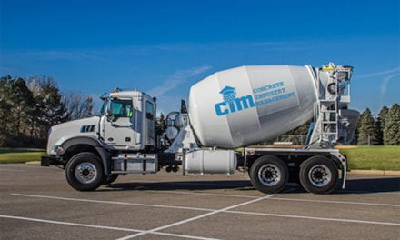 Dona Mack camión Granite a industria del concreto