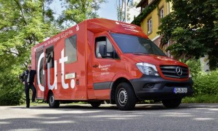 Crea Mercedes-Benz primera banca móvil en Alemania