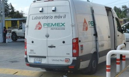 Certifican laboratorios móviles de Pemex