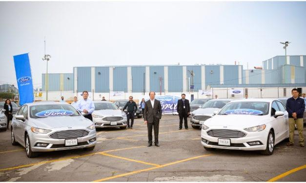 Moviliza Ford a su equipo en autos Fusion Híbridos