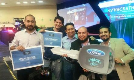 Presenta Ford a ganadores del Hack 'n' Sync