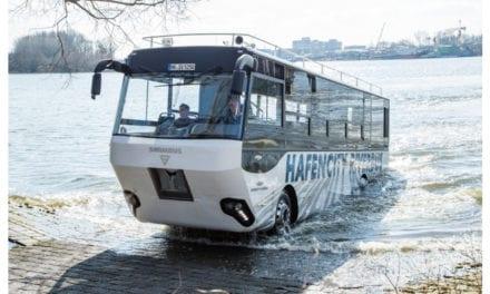 Navega por aguas de Alemania un vehículo MAN