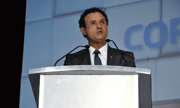 Pide Coparmex CDMX eliminar impuestos de combustibles