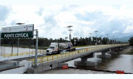 Supera la SCT inversión en infraestructura carretera