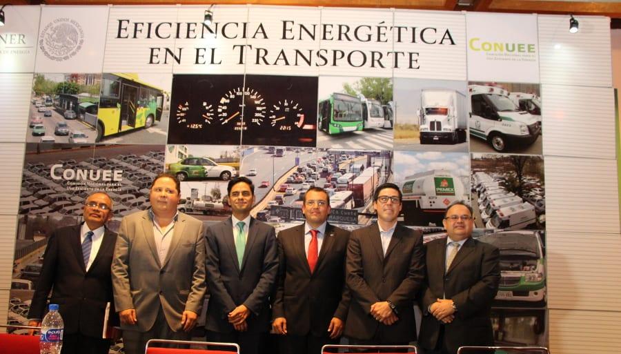 Adquiere Te Kloeze-Bruyl camiones Scania V8