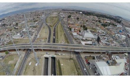 Opera nuevo distribuidor vial en Toluca
