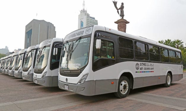 Incorpora AET 45 autobuses Mercedes-Benz para Nuevo León