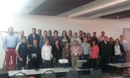 Capacita Vipal a clientes en Colombia
