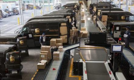 Abre UPS 26 Centros de Envío