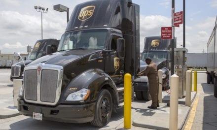Refuerza UPS su compromiso con el gas natural