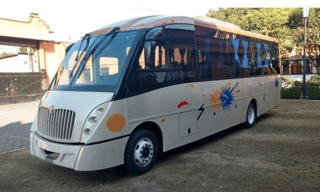 Ofrece Navistar autobús UrbanStar en versión turística