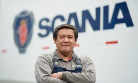 Reconoce Scania a  los profesionales de la mecánica