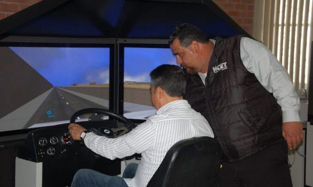 Capacitará NL a 3,000 conductores