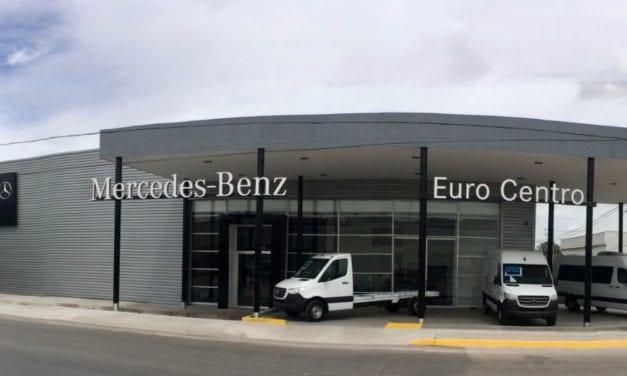 Abre Mercedes-Benz 4ª distribuidora exclusiva de vanes