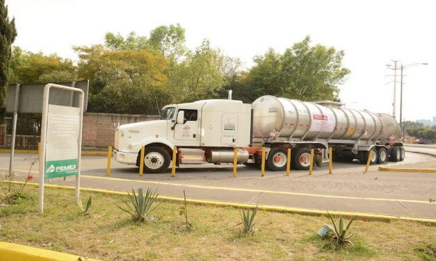 Busca Pemex normalizar abasto de combustible en Monterrey