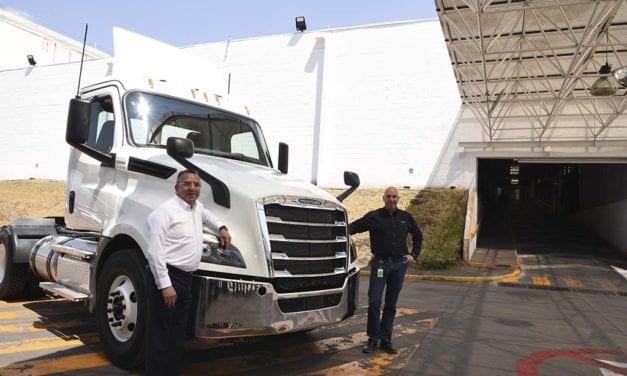 Daimler Planta Santiago, la más flexible de DTNA